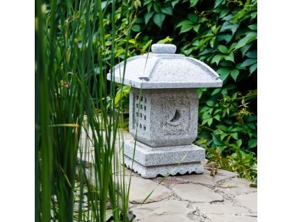 Японский фонарь из гранита Оки-торо