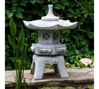 Японский фонарь из гранита Юкими-торо